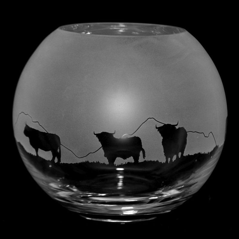 HIGHLAND CATTLE Small Crystal Glass Globe Vase