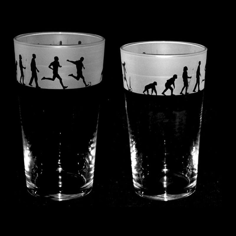 FOOTBALL EVOLUTION Conical Pint Glass 57cl