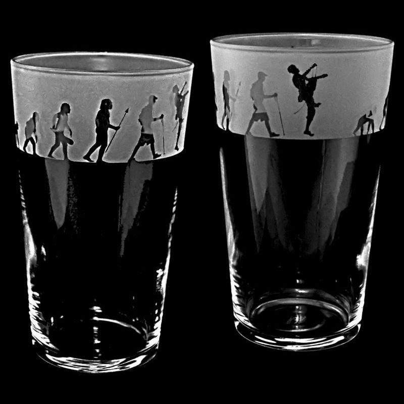 CLIMBING EVOLUTION Conical Pint Glass 57cl
