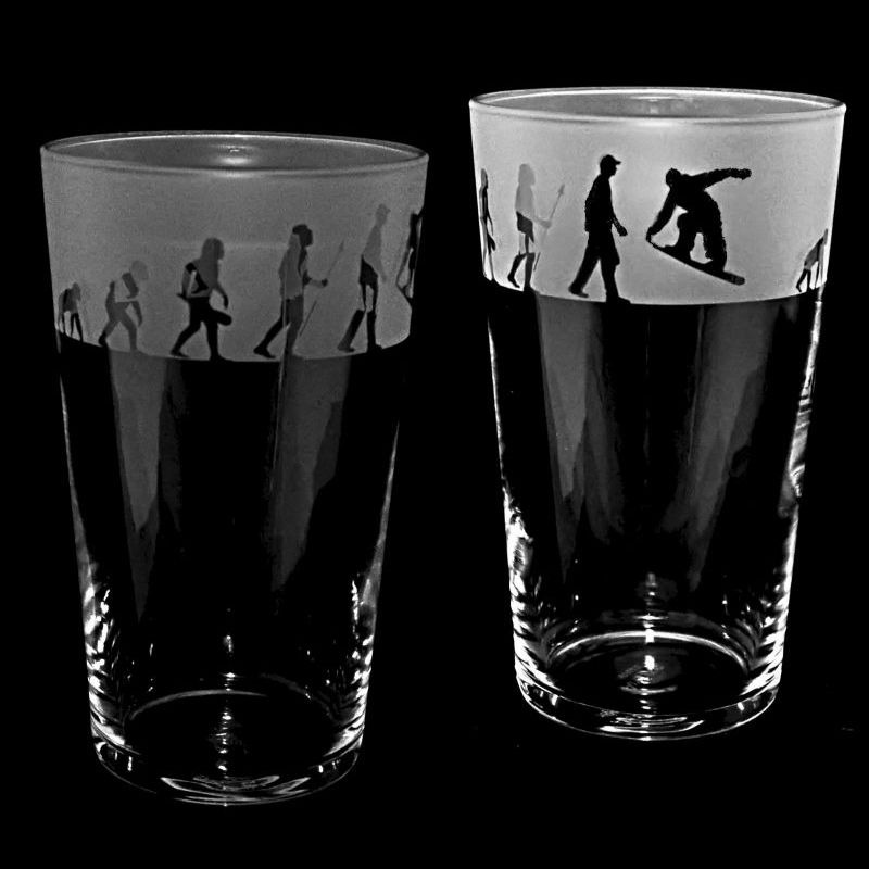 SNOWBOARDING EVOLUTION Conical Pint Glass 57cl