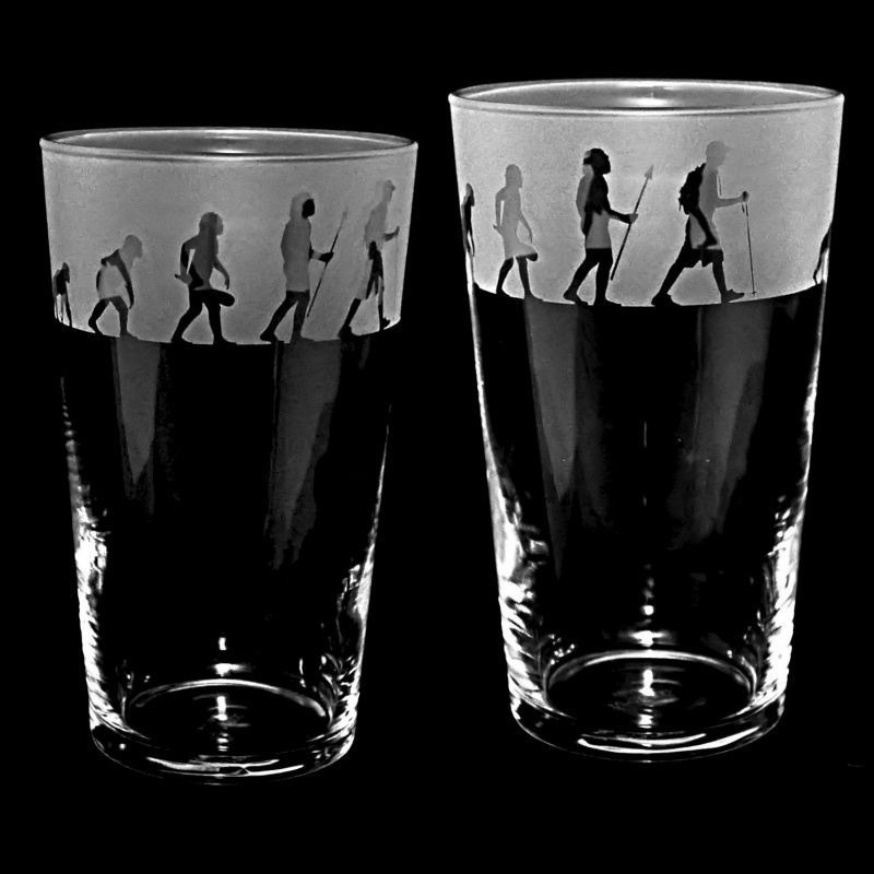 HIKING / WALKING EVOLUTION Conical Pint Glass 57cl