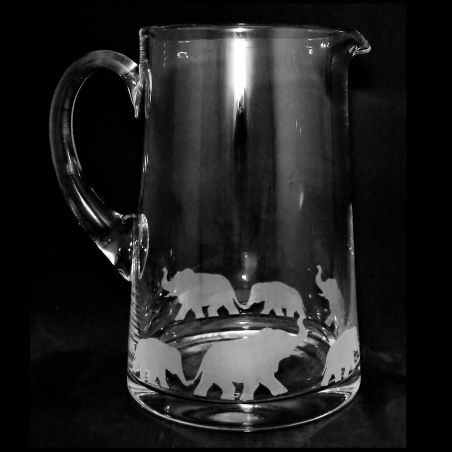 ELEPHANT  Large 1.7 Litre Glass Tapered Jug