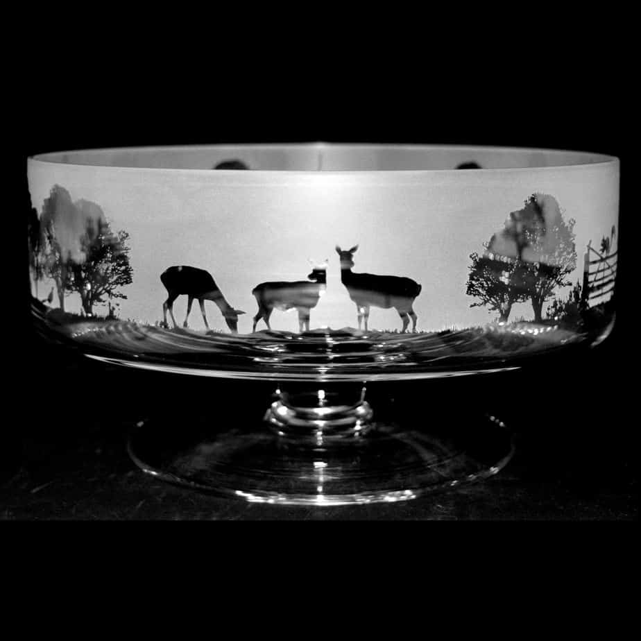 COUNTRY LIVING WOODLAND SCENE  24cm Large Crystal Glass Footed Comport Bowl