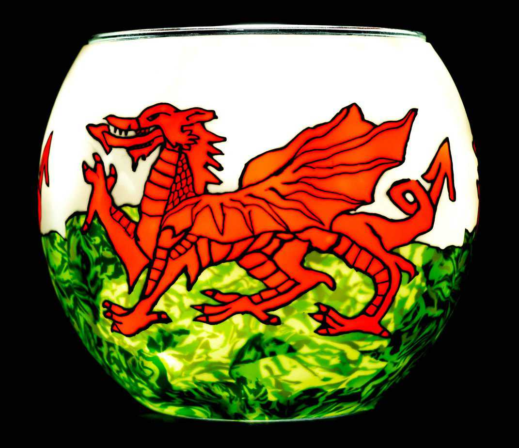 Welsh Dragon Light Glass (165136)